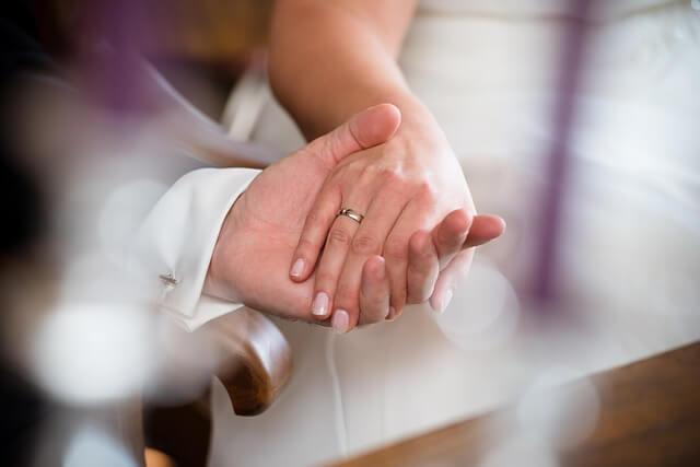 marry-2002931_640