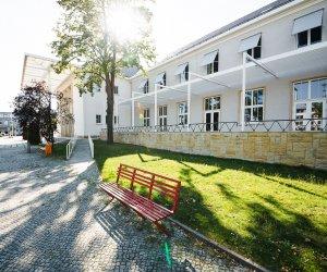 Klubhaus (2)