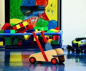 toys-kindergarten-daycare-building-blocks-play-nursery-school