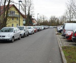 Parkplatz Auto Bahnhof